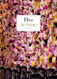 1474274071_magnolia_dior_the_perfumes_kitap_410_tl-1024x1422